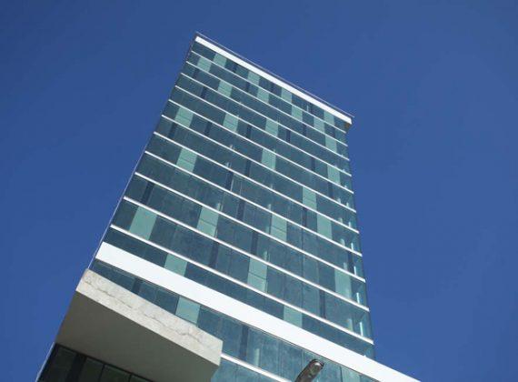bureau-libertador-square