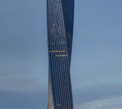cayan-tower-dubai-uae
